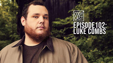Headlines - Cody Cast: Luke Combs Touches A Dolphin