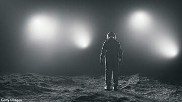 Coast to Coast AM with George Noory - Survey Finds 1 in 10 Americans Believe the Moon Landing Was a Hoax
