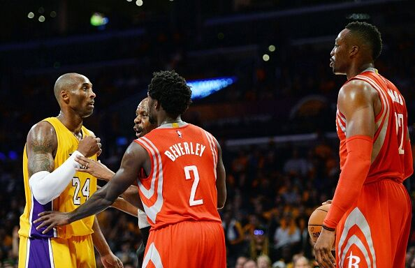 Kobe Bryant and Dwight Howard exchanging words