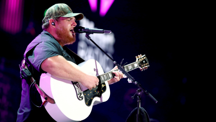 Luke Combs Shares Video Of Unreleased Deep Cut Song 'Dear Today