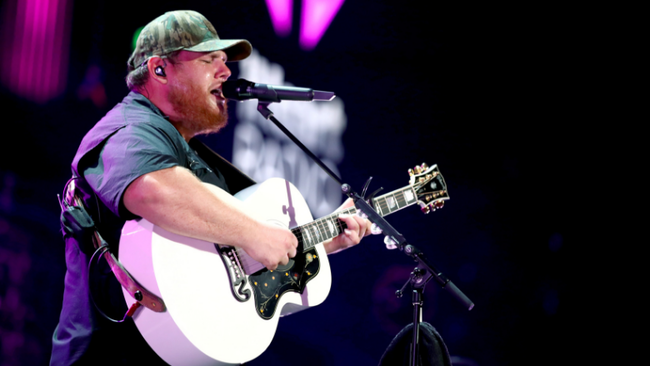 Luke Combs Shares Video Of Unreleased Deep Cut Song 'Dear Today'