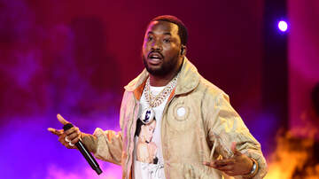 Cappuchino - Meek Mill Reveals He is Dating Someone During #AskMeek