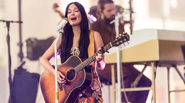 iHeartCountry - Kacey Musgraves Performs On 'Today' Show, Adds New Tour Dates