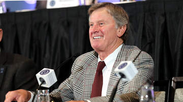 Open Mike - Steve Spurrier Accepts Championship Trophy for Winning the AAF Championship
