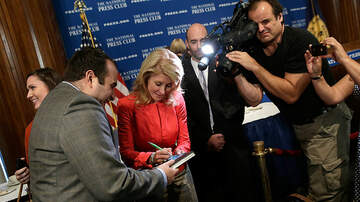 Local News - Wendy Davis to Seek San Antonio Congressional Seat