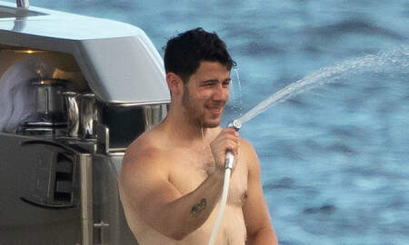 Trending - Twitter Is Thirsting Real Hard Over Nick Jonas' 'Dad Bod'