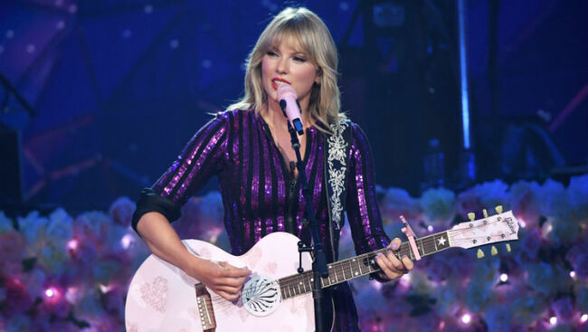 Taylor Swift Announces Instagram Live Session To Share Exciting News