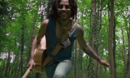 Entertainment News - Lenny Kravitz Celebrates Summer in 5 More Days Til Summer Music Video