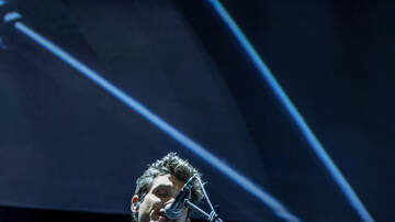 Rock Show Pix - John Mayer at Dunkin Donuts Center