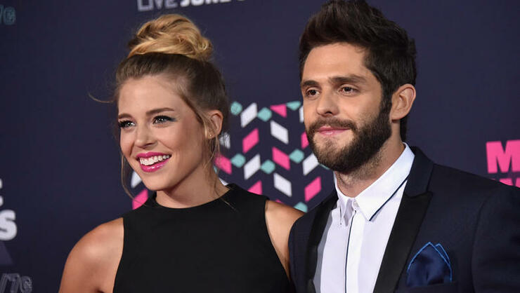 Thomas Rhett's Wife Lauren Explains Why She's Less Anxious This Pregnancy | iHeartRadio
