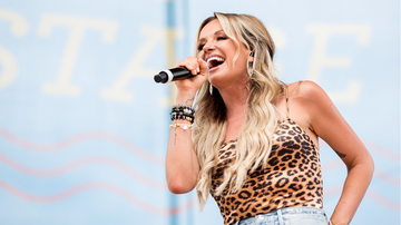 iHeartRadio Music News - Carly Pearce Opens Up About Her Struggle With Self-Esteem Over The Years