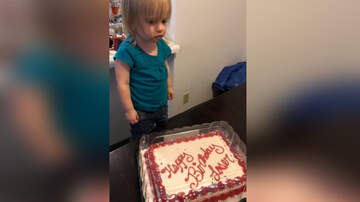 National News - Mix-Up Leads To Family Getting 'Happy Birthday Loser' Cake For Toddler