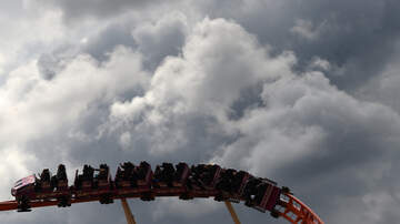 Derek Moore - Roller Coaster Breaks Down Leaving Folks Stuck 100ft In The Air