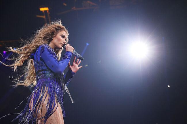 2018 DIRECTV NOW Super Saturday Night Concert In Minneapolis - Jennifer Lopez Performance