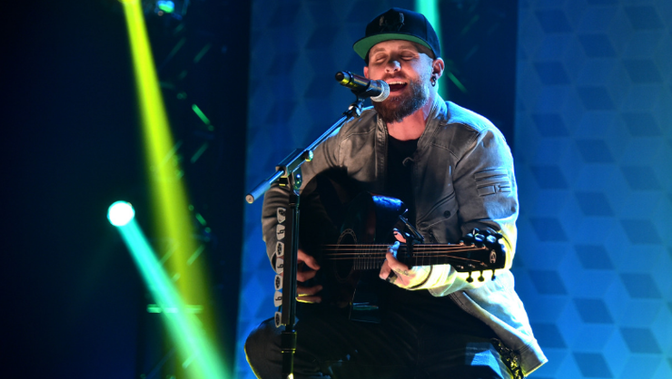 Watch Brantley Gilbert's New Heartfelt 'Man That Hung The Moon' Music Video