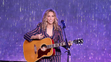 Anthony Moore - Sheryl Crow Describes Her Experience at Woodstock '99...it was NOT good!
