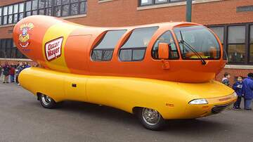 Theresa Lucas - The Oscar Mayer Wienermobile Airbnb
