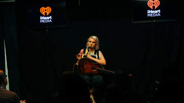 Photos - Maddie Poppe Performs