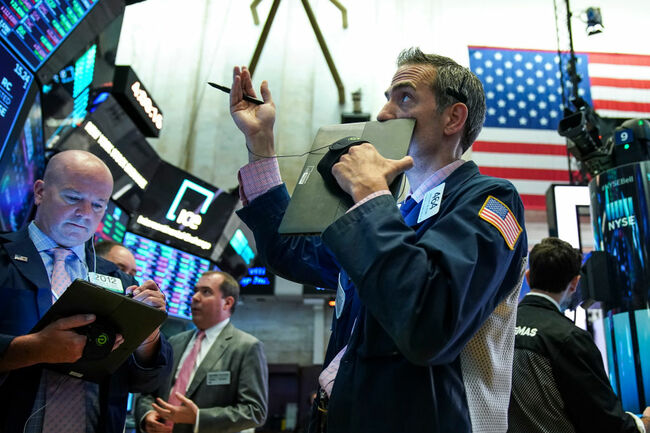 Dow Drops Precipitously After Trump Announces New China Tariffs