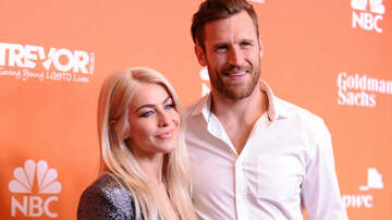 Entertainment News - Julianne Hough's Husband Reacts After She Confesses She's 'Not Straight'