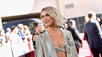 Steinmann - Julianne Hough Opens Up About Her Sexuality, Gets Naked
