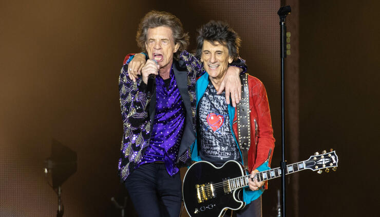 Waitress Who Served The Rolling Stones At NJ Diner Says They Went Unnoticed | iHeartRadio