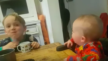 JB - ***VIDEO***  Baby Laughs Hysterically When Big Brother Gargles Water