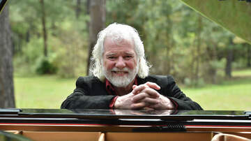 Out Of The Box - How Rolling Stones' Chuck Leavell Became Classic Rock's Go-To Keyboardist