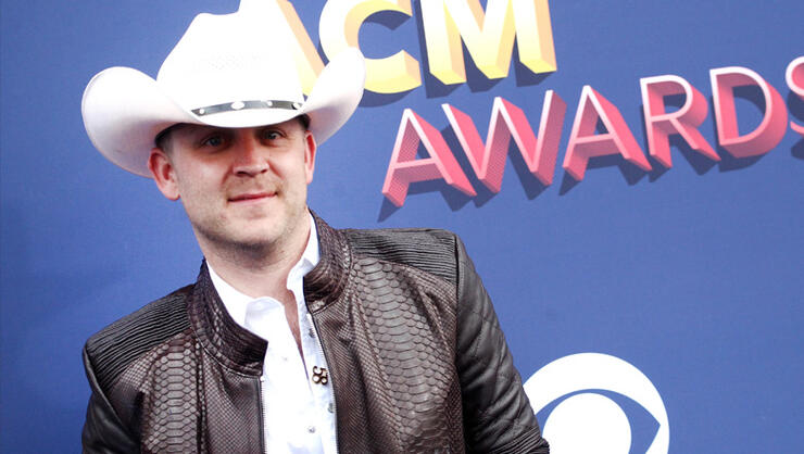 Does Justin Moore's Daughter Prefer Old School Rap Over Dad's Music