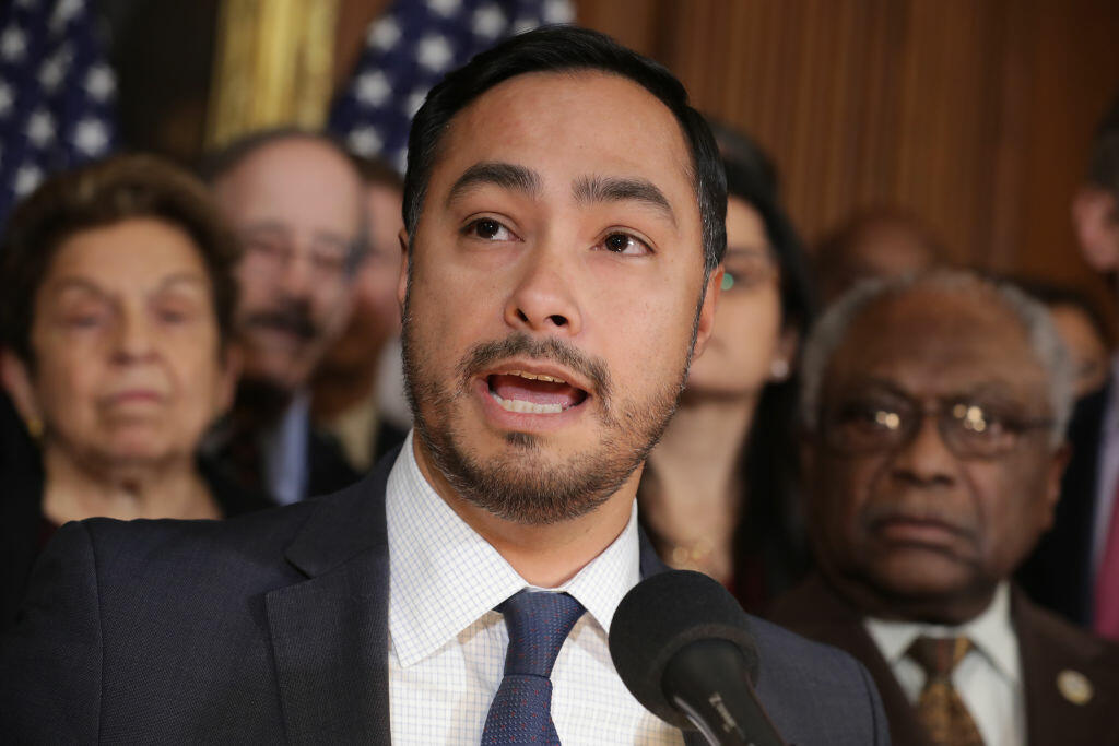Castro Tweet About Trump Donors Fires Up the Internet