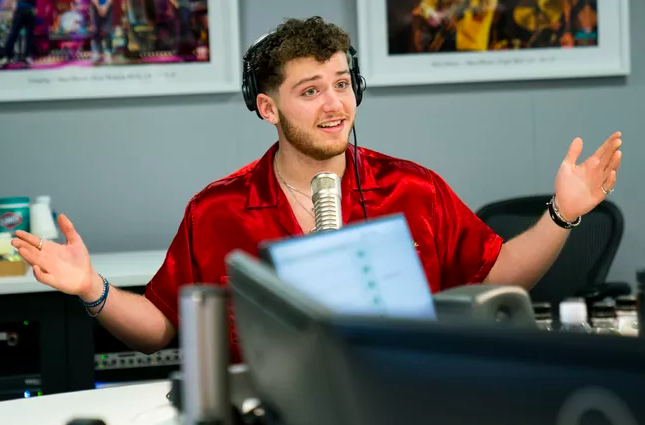 "Bazzi Weighs In on ""Scary"" Aspect of Social Media"