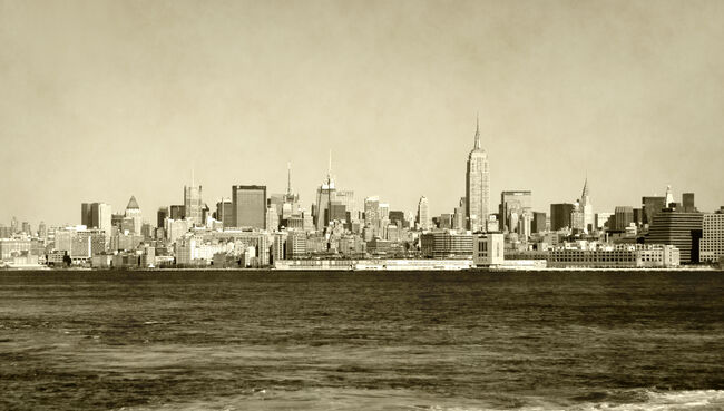Retro New York City skyline