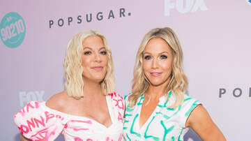 Taylor J - Tori Spelling and Fox New York Anchor Have Awkward Live Exchange