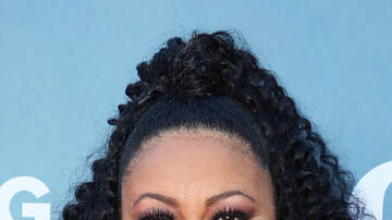 Venom - Lela Rochon Finally Steps Out After Cheating Scandal