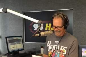 Paul and Al - Opening Segment Of Today's Stump The DJ