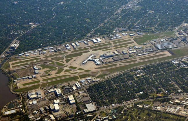 Dallas airport from high latitude
