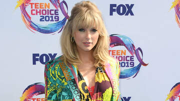 Trending - Taylor Swift Pays Tuition For Fan Whose Mother Suffers With Chronic Illness