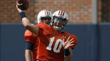 Auburn University Sports - Behind the Scenes of Monday's Auburn Practice