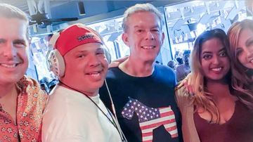 Elvis Duran - Here Is The Order Elvis Duran Met Everyone On The Show