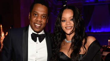 Entertainment News - JAY-Z Reacts To Rumors That Rihanna Booked Super Bowl 2020 Halftime Show