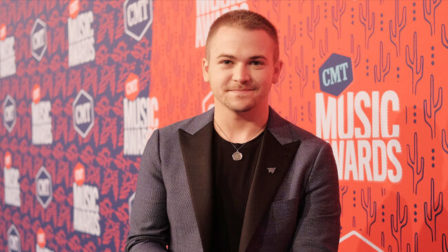 See Hunter Hayes Play The Xylophone To Debut 'Wild Blue'