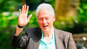 Politics - Jeffrey Epstein Had Painting Of Bill Clinton In Blue Dress And Red Heels