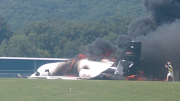 Tim Ben & Brooke - Plane Carrying Earnhardt Jr. & Wife Crashes In East Tennessee; Details Here