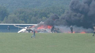 Chuck Dizzle - Dale Earnhardt Jr.'s Plane Crashes With Him And His Family On Board