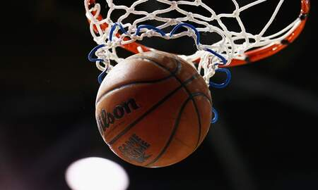 Breaking Sports News - Tom Farrell: Basketball or Nothing Shows Chinle's Love of Basketball