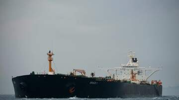Politics - U.S. Issues Warrant to Seize Iranian Oil Tanker