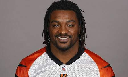 Trending - NFL Running Back Cedric Benson Killed In Motorcycle Crash At Age 36