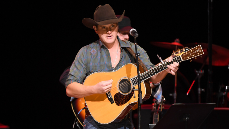 Jon Pardi Releases New Laid-Back Song, 'Tequila Little Time'