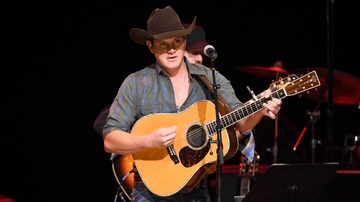 Music News - Jon Pardi Releases New Laid-Back Song, 'Tequila Little Time'