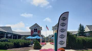 Photos - Adam Rivers and KC101 at Westbrook Outlets on 8/16/19